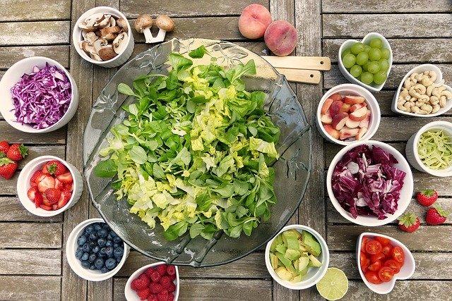 كيفية الامتناع عن اتباع نظام غذائي محدد وتعلم تناول الطعام بشكل حدسي