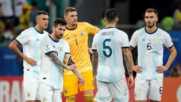 الارجنتين تخسر المباراة ضد كولومبيا رغم مجهودات ميسي
