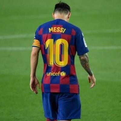 تصريحات ليونيل ميسي مترجمة بعد قراره البقاء في برشلونة